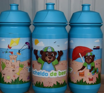 Scheldo the bear bottle